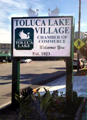 Toluca Lake Welcome Sign
