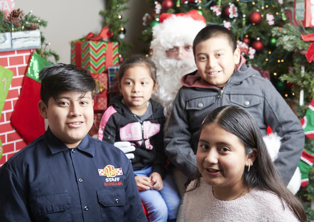 Toluca Lake Chamber Santa Fotos 11